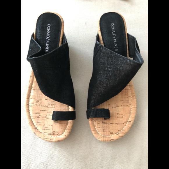 4b6ae28c813e Donald J. Pliner Shoes - New without tags. Donald Pliner Gyer wedges